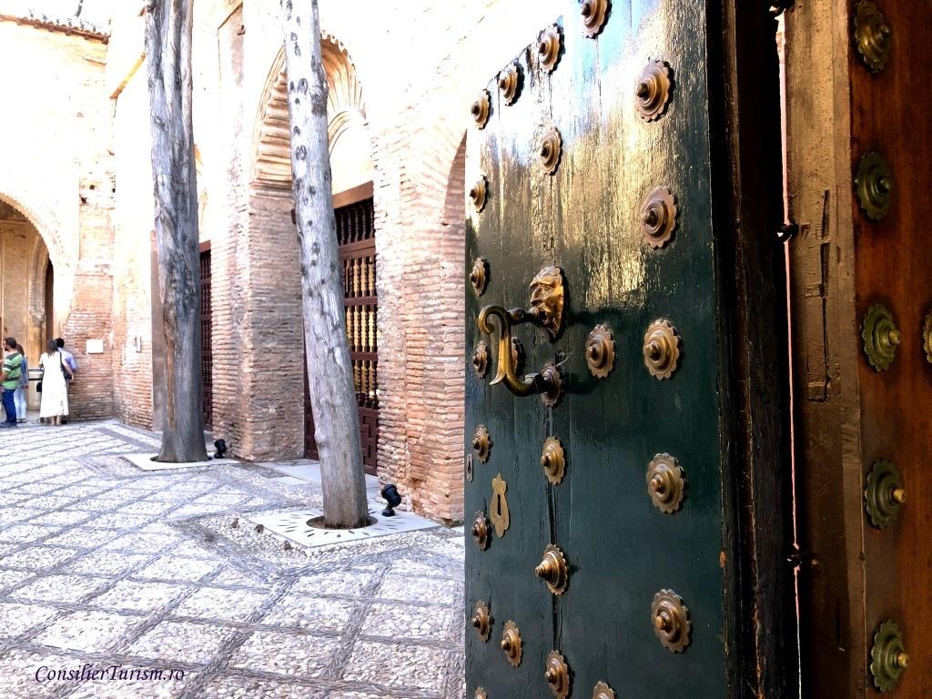 poarta-alhambra